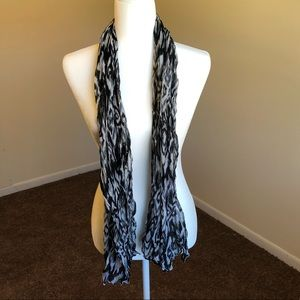 Black and White Scarf & Wrap